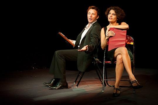 ToizéMoi dans Camille et Simon fêtent leur divorce 1 . Photo F.Moley Libre de droits web